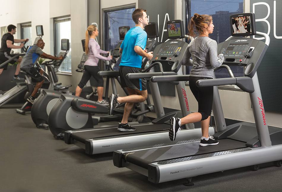 Get the Healthy Life and Fitness By Choosing Wholesale Gym Equipment